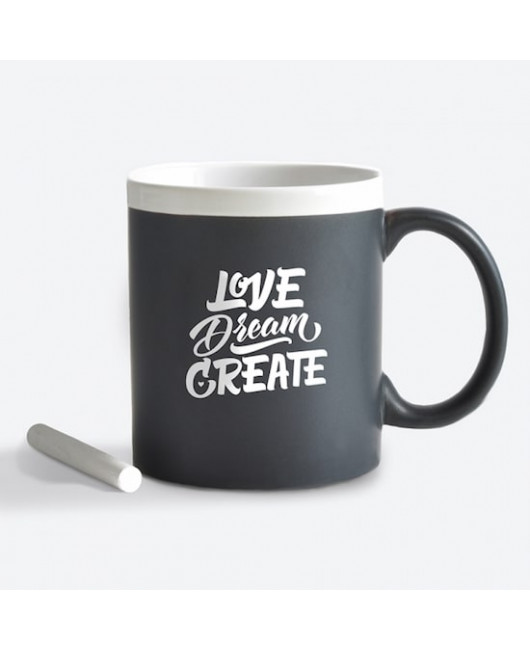 Черная чашка Love