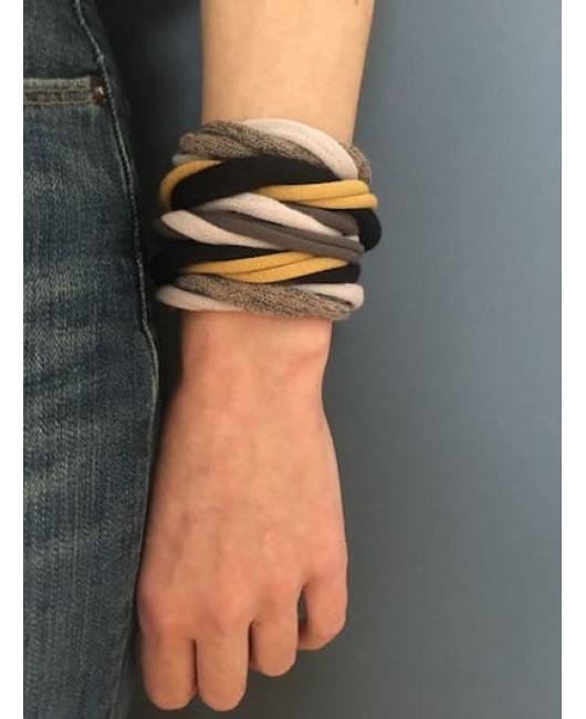 Оригинальный браслет из ткани