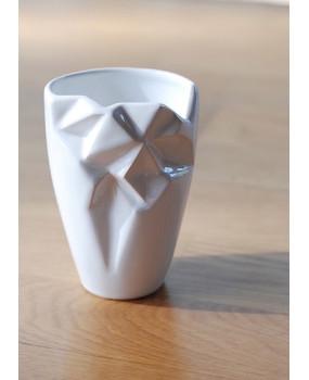 Керамический стакан