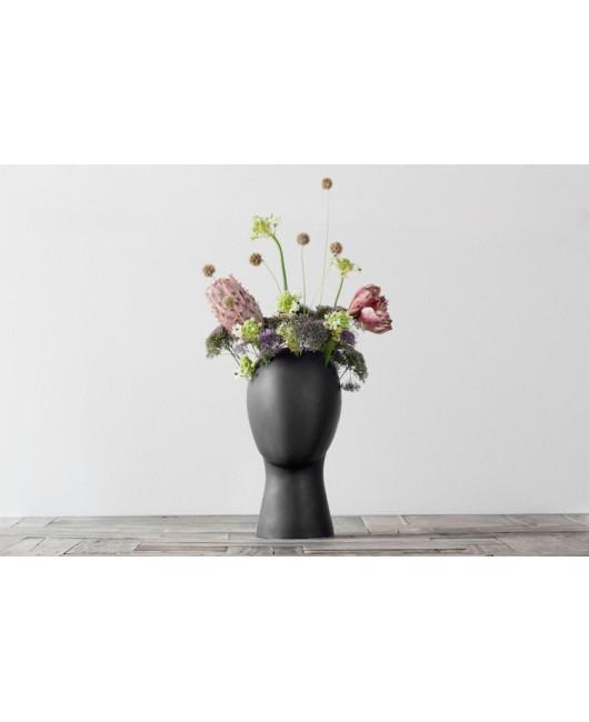 Цветочная ваза-голова белая