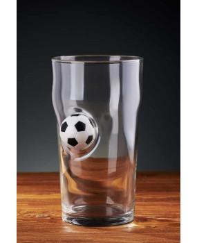 Пивной бокал с футбольным мячом