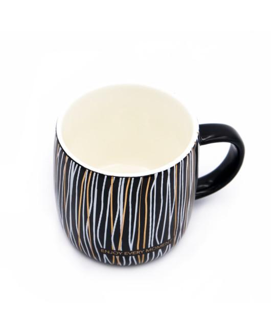 Чашка с надписью Enjoy every moment