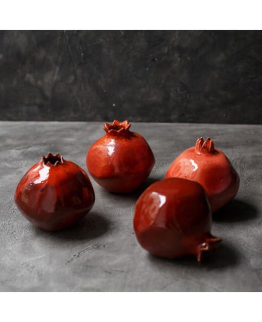 Красный гранат керамическая ваза